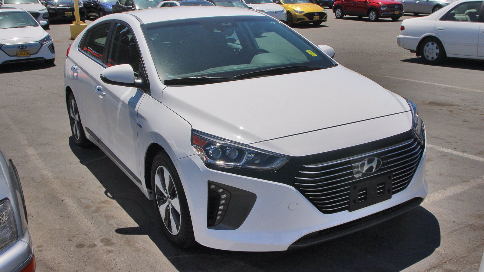 Certified Pre-Owned 2019 Hyundai Ioniq Plug-In Hybrid Limited