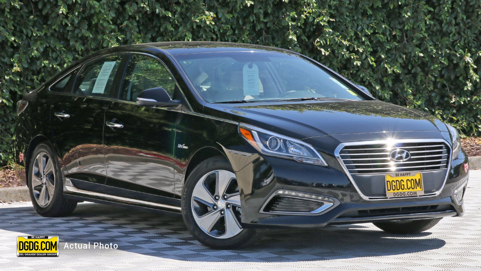 Certified Pre-Owned 2017 Hyundai Sonata Plug-In Hybrid Base