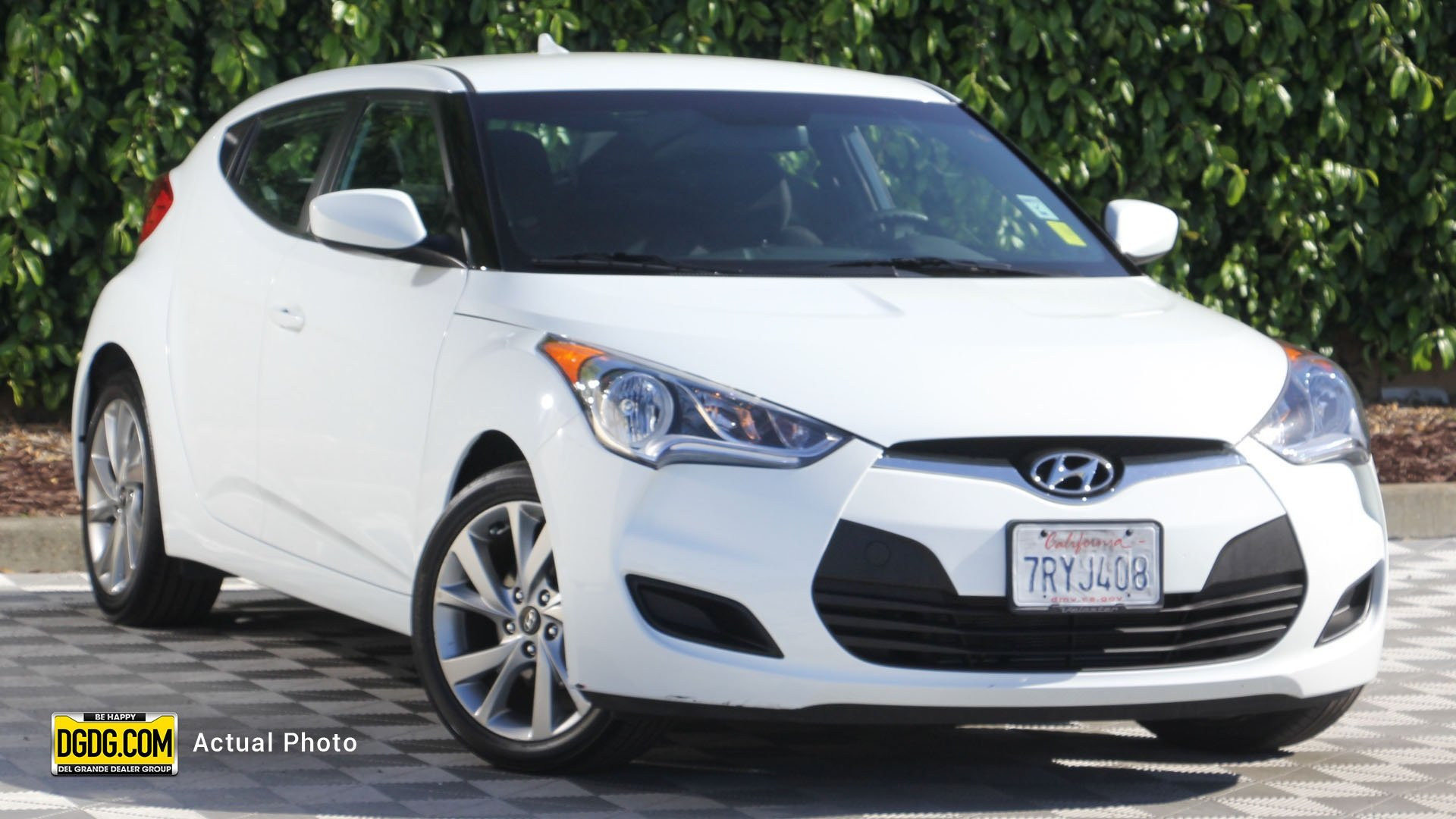 Certified Pre-Owned 2016 Hyundai Veloster