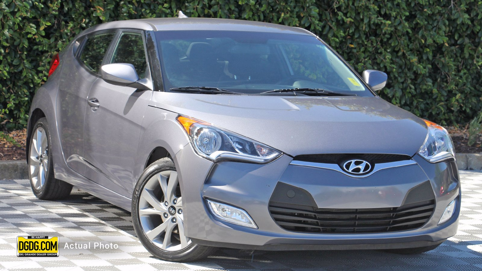 Certified Pre-Owned 2017 Hyundai Veloster