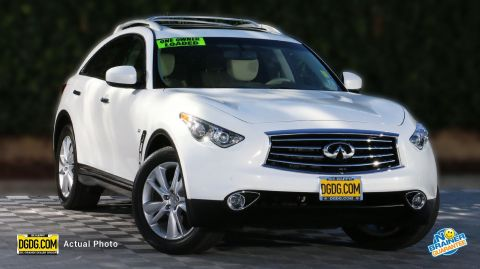 Pre-Owned 2015 INFINITI QX70 Deluxe Touring Package