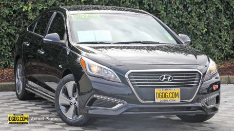 Certified Pre-Owned 2017 Hyundai Sonata Plug-In Hybrid
